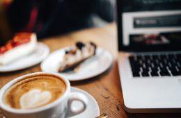 kaboompics_Coffee with Heart Shape, cake, Macbook Laptop